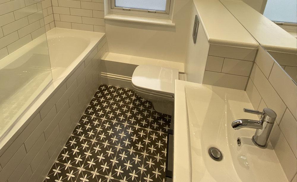 Chesterfield Grove, Bathroom, Coldrum Group