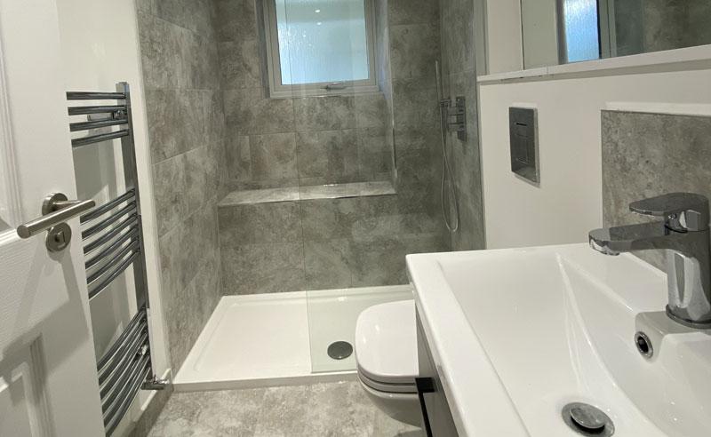 Dagmar Road, Bathroom, Coldrum Group